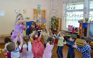 Шоу мыльных пузырей в детском саду Хабаровска от 2500 рублей.
