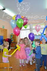 Шоу мыльных пузырей на детский праздник от 3000 рублей.
