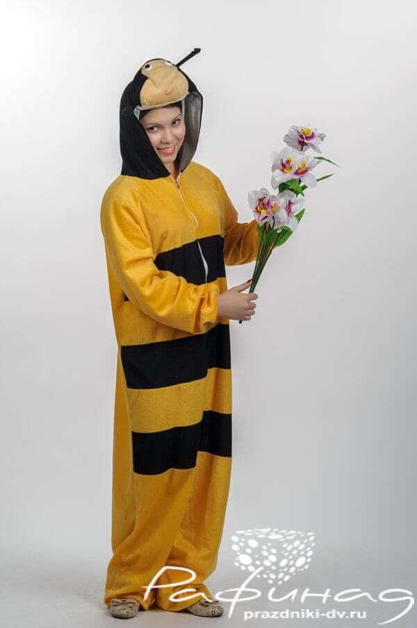 Заказать аниматора в костюме Пчеленка на день рождения ребенка в агентстве Рафинад